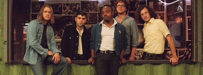 Durand Jones & The Indications