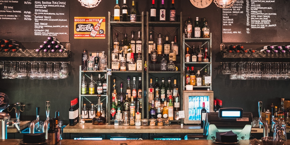 Bar Brooklyn, baren